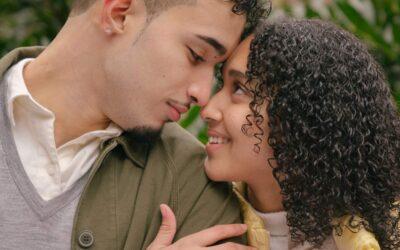 Les signes d'un amour naissant chez un homme